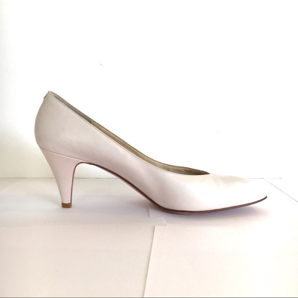 53d586822d9f6 Vintage Amalfi off white heels, made in Italy